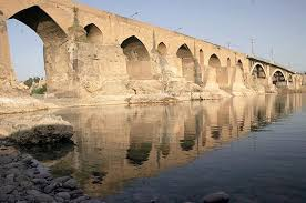 در پل باستانی دزفول نمی توان ردپایی از زمان ساسانیان یافت! (قسمت اول)