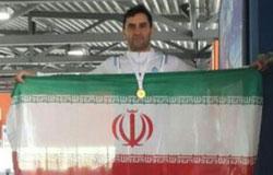 متخصص ارتوپد دزفولی قهرمان مسابقات شنای پزشکان جهان شد